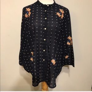 LOFT-Navy White Dotted Floral Bell Sleeved Top-Leg